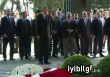 Özal ve Menderes'in mezarlarına ziyaret